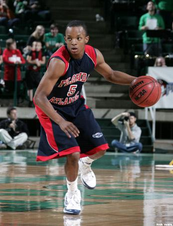 Alex Tucker scored a pair of rare three pointers for FAU