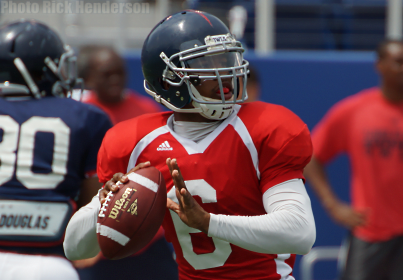 Greg Hankerson threw for 182 yards and three touchdowns in FAU's first spring scrimmage.