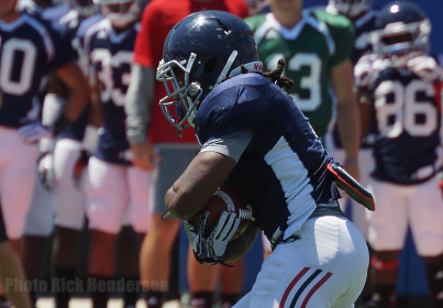 Running back Martese Jackson made his case to be part of a rotation during FAU's REDBLUE Spring Game.